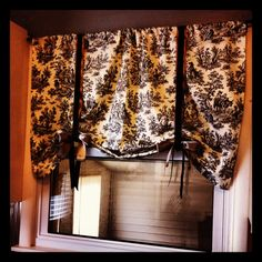 Kitchen curtain.... $10