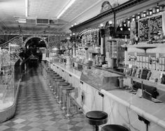 I really miss drug store soda fountains.  I remember always going to Murphy's and People's Drug Store to get sundaes and/or french fries (and a Coke) at the soda fountain.  Sure wish they'd have these again.