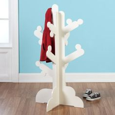 clothes trees