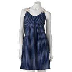 Bought this a couple of days ago...so flattering and easy to wear! online its more expensive but in stores it's only $13.99