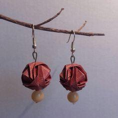 Une paire de boucle d'oreille originale en origami : Boucles d'oreille par fl-origami