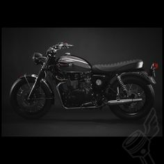 Dime City Cycles went on with a very neat idea: to create a classic, timeless British motorcycle starting off with a modern-day Bonneville. They have also come up with a very good name for the new bike: the Distinguished.