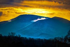 Fog on the Blue Ridge Mountains from Luray VA | Flickr - Photo ...