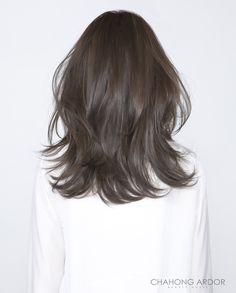 Long Layered Hair, Long Hair Cuts, Lob Hairstyle, Hairstyles Haircuts, Medium Hair Styles For Women, Hair Upstyles, Brunette Makeup, Brown Hair Balayage, Hair Heaven