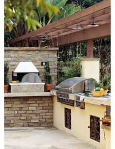 Spanish tile outdoor kitchen w open fire oven doing it for Spanish style outdoor kitchen