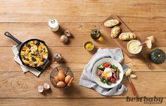 프리타타 HOW TO COOK 재료 바게트(4cm) 1조각, 달걀·표고버섯 2개씩, 양파 ½개, 대파(8cm) 1대, 치즈(체더·모차렐라·카망베르 등) 30g, 우유 2큰술, 파르메산치즈가루 3큰술, 소금·후춧가루·포도씨유 약간씩 ➊ 표고버섯은 4등분하고, 양파와 바게트는 한 입 크기로 썬다. ➋ 대파는 굵직하게 송송 썰