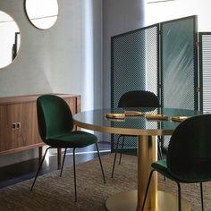 "340 Likes, 12 Comments - Jessica Gersten (@jessicagersteninteriors) on Instagram: ""GUBI ❤️ #gubi @gubiofficial #jessicagersteninteriors @jessicagersteninteriors #seating #dining…"""