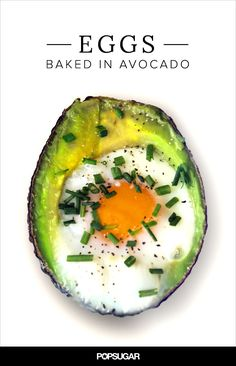 For a one-two punch of in your breakfast, try baking eggs in an avocado. Beyond the heart-healthy fatty acids and high protein count, this low-sugar Whole 30 Breakfast, Paleo Breakfast, Breakfast Recipes, Avocado Egg Recipes, Avocado Egg Bake, Low Carb Recipes, Vegetarian Recipes, Cooking Recipes, Healthy Recipes