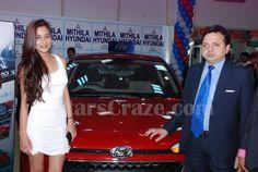 Sara Khan Launches The All New Hyundai i20 Elite In Mumbai | StarsCraze