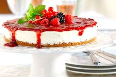 Always say yes to a Cheesecake! Greek Desserts, Party Desserts, Dessert Recipes, Fruit Cheesecake, Sweets Cake, Pie Cake, Piece Of Cakes, Sweet And Salty, Easter Recipes