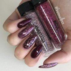 "55 Likes, 4 Comments - Rebecca (@bexnailbox) on Instagram: ""LOVE this glitter mix ❤️ 50/50 mix of @magpie_beauty Anastasia & India Dark Lava gel polish…"""