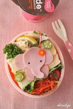 (431) mmmm elefante! Parenting coaching _ It's all in the presentation - food art to inspire healthy eating - Kids - Bambini - Un modo creativo per indur… | Pinterest
