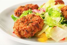 Potato cutlets with champignons # favorite recipes cooking food breakfast brunch Fodmap Recipes, Healthy Recipes, Vegetable Recipes, Vegetarian Recipes, Cooking Recipes, Vegetarian Sweets, Cooking Food, Burger Recipes, Healthy Weeknight Dinners