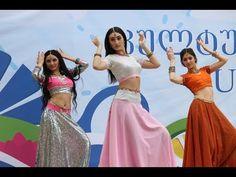 Papdi Chaat, Wedding Dance Video, Chaat Recipe, Best Love Lyrics, Dance Videos, Beautiful Celebrities, Learn English, Hair Makeup, Two Piece Skirt Set