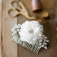 An intriguing combination of pearls, rhinestones and pure silk. Pearl Rhinestone Hair Comb by ForeverHookedDesign on Etsy Wedding Hair Flowers, Hair Comb Wedding, Wedding Hair Pieces, Flowers In Hair, Rustic Wedding Jewelry, Classic Wedding Hair, Floral Headpiece, Wedding Hair Accessories, Pure Silk