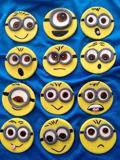 Minion Cupcake Toppers, Minion Cupcakes, Fondant Toppers, Minions 2, Minion Rush, Minion Party, Cake Decorating, Birthday Parties, Sweet Treats