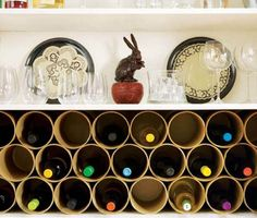 If you are looking for something on the cheap, you will love our next DIY wine rack. Originally created on ReadyMade and featured on Bob Vila, this DIY wine rack is simply made by lining up cardboard tube mailers. Diy Simple, Easy Diy, Homemade Wine Rack, Cardboard Tubes, Wine Storage, Storage Ideas, Yarn Storage, Paper Storage, Fabric Storage