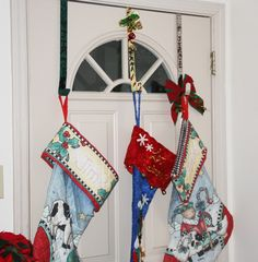 no fireplace...great place to hang those stockings for apartment dwellers