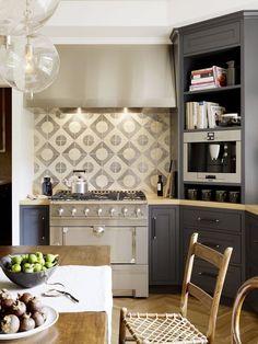 Transitional Gray Kitchen With Ceramic Tiles // Designer Crush: Alison Davin