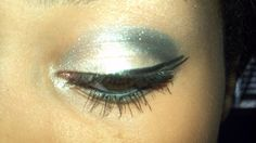 My make up look that i did today :) :) double wings and strong shadow! Great for new years eve if you had more glitter ;)