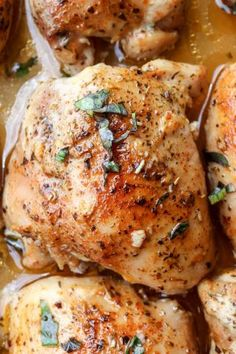 Easy, simple and mouthwatering oven baked tender chicken thighs recipe that is so flavourful and juicy and melts in your mouth. The pre-time for this dish is under 15 minutes. Serve chicken thighs with mashed potatoes and salad. Cooking Boneless Chicken Thighs, Easy Baked Chicken Thighs, Chicken Thighs Dinner, Easy Chicken Thigh Recipes, Italian Baked Chicken, Chicken Thights Recipes, Grilled Chicken Thighs, Baked Chicken Recipes, Oven Chicken