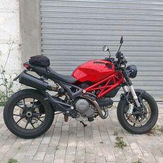 Ducati Monster 796 Custom