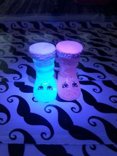 Glow in the dark #Shopkins: Mystery Edition