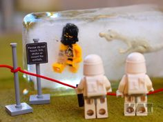 The Snowtroopers At The Museum by Mihaila Catalin / mckatalyn on deviantART | LEGO Star Wars Minifigs