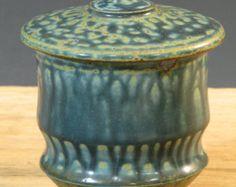 Blue Lidded Stoneware Pottery Tea Bowl (YCP234)