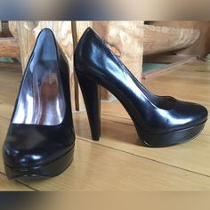 "NWOT Calvin Klein Carley Platform Pumps New without tags Calvin Klein leather platform pumps. Never worn. .75"" platform with 4-4.5"" heel. Calvin Klein Shoes Heels"