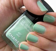 Another shade of mint. I'm obsessed with this color.