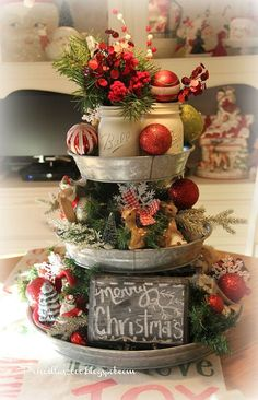 Hometalk :: Galvanized Tiered Tray Christmas Centerpiece
