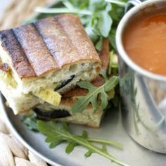 A vegetarian recipe for camping in style. With pesto, grilled vegetables, and tomato soup.