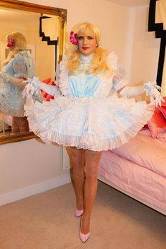 crossdressing sissy Debby