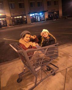 Peyton Elizabeth Lee, Andi Mack Cast, Friendship Pictures, Annie Lablanc, Love U Forever, Mackenzie Ziegler, Best Friend Goals, Partners In Crime, Disney Channel