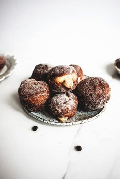 Tiramisu Donuts with White Chocolate Filling