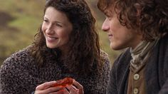 outlander-season-1-midseason-finale-both-sides-now-claire-jamie-fraser-starz.jpg ... Dragonfly in Amber