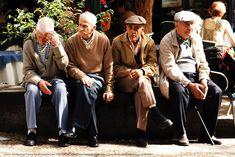 Investigana ciudadanos chilenos jubilados que cruzan cada mes a Argentina a cobrar beneficio. Serían varios centenares.