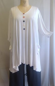 Hey, I found this really awesome Etsy listing at https://www.etsy.com/listing/176129174/coco-and-juan-lagenlook-plus-size-top