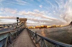 Chain Bridge infinite