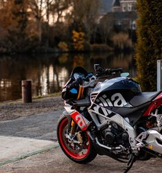 Ducati, Gp Moto, Honda, Off Road Bikes, Motorcycle Wallpaper, Bike Photography, Four Wheelers, Bmw, Supersport