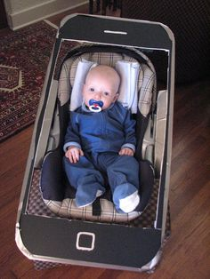 Last minute Costume Ideas: Make your baby/carseat into an iPhone screensaver (all you need is cardboard to make the phone)