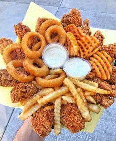Bewitching Is Junk Food To Be Blamed Ideas. Unbelievable Is Junk Food To Be Blamed Ideas. I Love Food, Good Food, Yummy Food, Healthy Food, Vegan Food, Junk Food, Tumblr Food, Food Goals, Aesthetic Food
