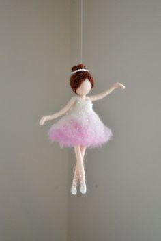Ornamento de lana fieltro de aguja de ornamento Ballerina: