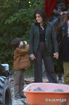 Raphael & Lana on set (July 14, 2015)