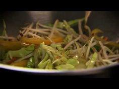 Puur Oosters - Gebakken tofu met citroengras en gewokte groenten