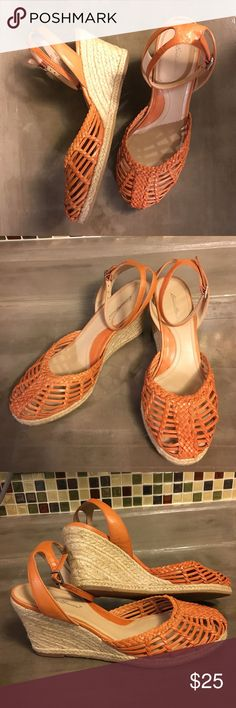 Eddie Bauer Espadrille Wedges sz 8M Beautiful condition! These are Leather upper with an ankle strap....they show very little signs of wear. Size 8M true to size. Eddie Bauer Shoes Espadrilles