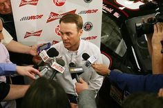Kevin Harvick's dislike of Kyle Busch didn't wane during offseason
