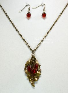 Holly Leaf & Berries Necklace and Earrings Set
