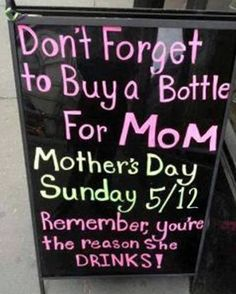 I think it might be vis versa! Funny Mothers Day, Happy Mothers Day, Happy Mom, Image Minions, All That Matters, Lol, Mom Day, Liquor Store, It Goes On